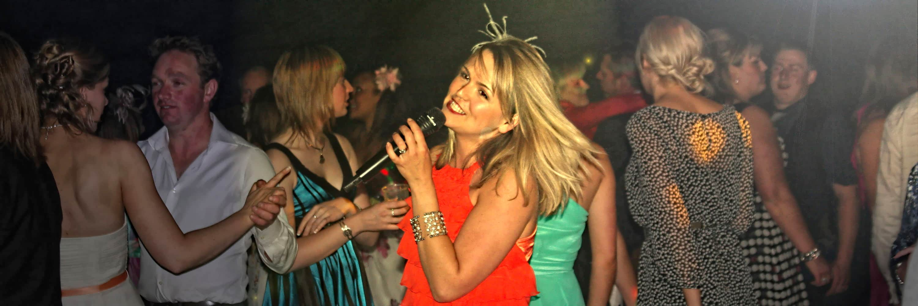 Janice Lacey UK Wedding Live Singer Entertainment & DJ
